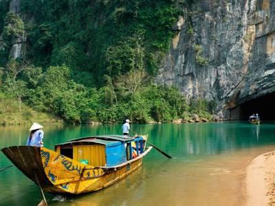 Tour du lịch ghép đoàn Động Phong Nha - Động Thiên Đường hàng ngày giá tiết kiệm 4