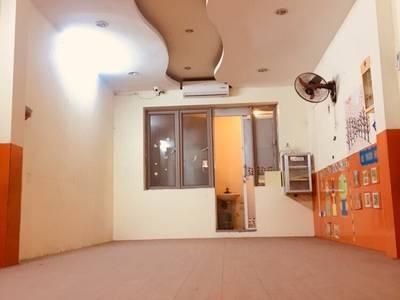 Nhà số 8, Ngõ 67 Thái Thịnh cho thuê làm văn phòng, cửa hàng, salon toc... 1