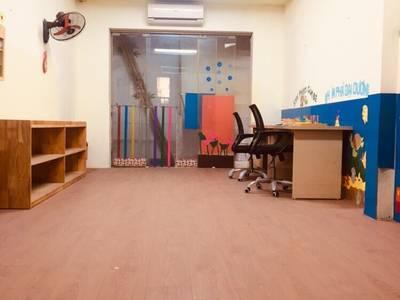 Nhà số 8, Ngõ 67 Thái Thịnh cho thuê làm văn phòng, cửa hàng, salon toc... 2