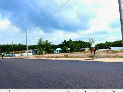 Bán lô đất ngay gần KCN Becamex, SHR, dân cư đông đúc, giá chỉ 500tr/nền 0