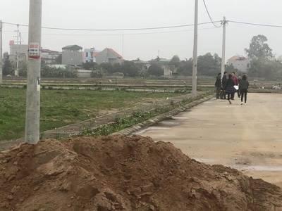 Bán gấp lô đất trục đường 392 Bình Minh - Bình Giang 1