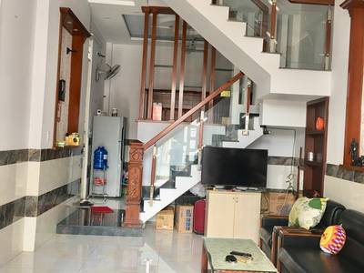 Cho thuê phòng trong nhà nguyên căn-Q12  Gần Metro 2