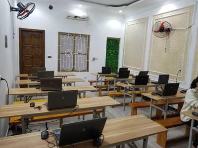 Cho thuê phòng dạy học mới xây mặt đường Quán Nam  gần 3 trường đại học  giá 60.000/1h 9