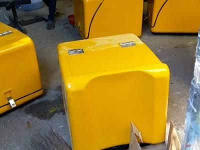 Sản xuất thùng chở hàng giữ nhiệt theo yêu cầu - giao hàng toàn quốc 1