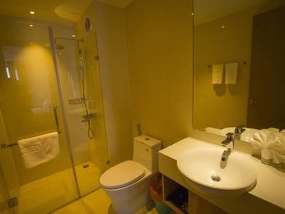 Cho thuê căn hộ cao cấp Tòa Greenbay Premium, Hùng Thắng, Bãi Cháy, Hạ Long 5
