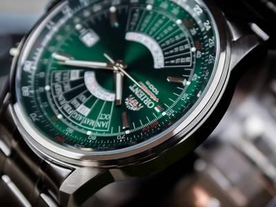 Đồng hồ chính hãng xách tay cửa hàng tại Mỹ 100 4
