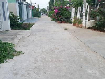 Chính chủ cần bán đất vườn dừa Thanh Tuấn. 0