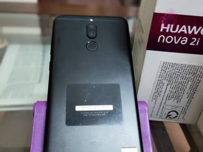 Cần bán Huawei Nova 2i 4