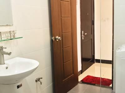 Căn hộ đường Lê Thanh Nghị, 50m2, có phòng ngủ riêng, có thang máy, full nội thất, giá chỉ 6tr/th 2