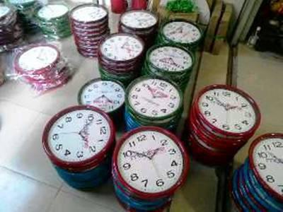 Đồng hồ treo tường giá rẻ TPHCM - Địa chỉ bán đồng hồ treo tường tại TPHCM 6