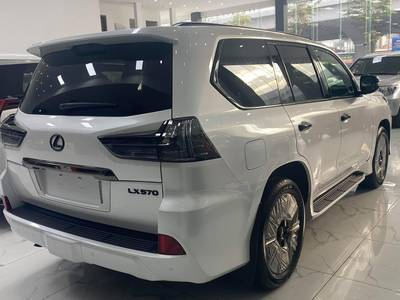 Bán Lexus LX570 Inspiration nhập Mỹ 2021, phiên bản đặc biệt giới hạn 500 chiếc, có xe giao ngay. 3