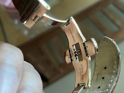 Do không dùng đến muốn bán đồng hồ cơ hiệu OGIVAN cá nhảy Thuỵ Sỹ ,hàn 3
