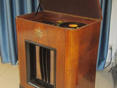 Chiếc đài quay đĩa điện tử  Telavox  rất hiếm   có ảnh thật 0