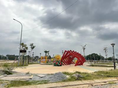 Đất ngay trung tâm thành phố Trà Vinh xát bên siêu thị GO 3