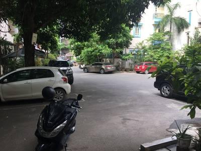 Cho thuê khu biệt thự 628 Hoàng Hoa Thám  , Ba Đình , dt 100m2 x 4 tầng, 1