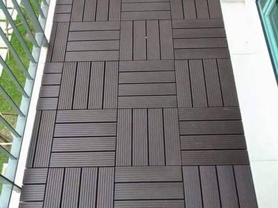 Chuyên lát ván sàn gỗ nhựa cho ban công. 6