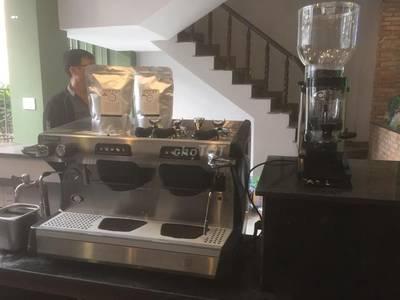 Máy pha cà phê faema 1g bảo hành, lắp đặt free 2