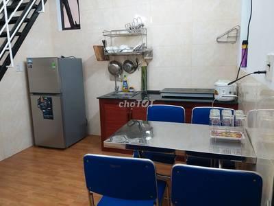 Chính chủ cần cho thuê căn hộ 2 tầng gần ngã tư Cầu Tiên Sơn, giá tốt 3