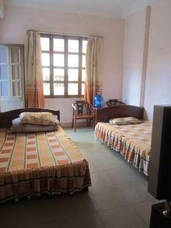 Cho thuê nhà khép kín gần chợ Vườn Đào, giá từ 1,2 triệu đến 1,5 triệu, đầy đủ tiện nghi
