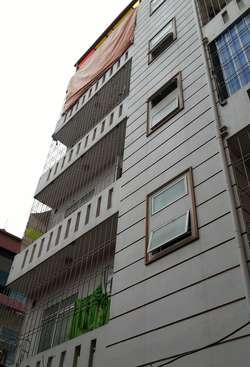 Cho thuê tầng 2 CCMN 30m2 có nóng lạnh, điều hòa ngõ 73/40 Hoàng Ngân giá 3.1 tr