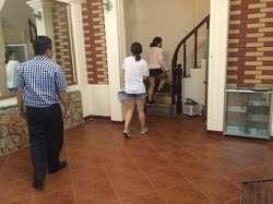 Cho thuê nhà riêng phố hàm long - lê văn hưu 40m2 x 4,5 tầng 6 ngủ 3vs sạch đẹp thoáng giá 8,5tr