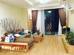 Cần cho thuê căn hộ 3 phòng ngủ tại R6- Royal city. giá cả hợp lý, full nội thất