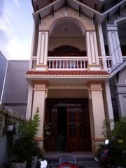 Nhà 1 trệt 1 lầu phường 3, nhà đẹp kiên cố. giá mềm nhất tại Vĩnh Long