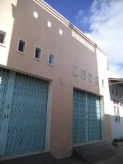 Bán nhà mới xây ở mặt tiền hẽm 4 m