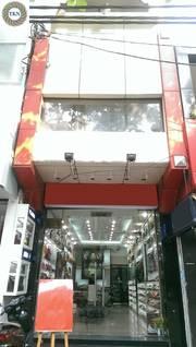 Nhà cho thuê mặt tiền đường Nguyễn Trãi Quận 1 gần Vòng Xoay Phù Đổng  4x17m. Giá TL