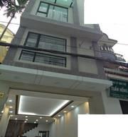 Cho thuê cả căn nhà 3 tầng kết cấu hiện đại mặt tiền 7m Mê Linh 55tr/th