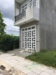 Nhà 1 trệt 1 lầu chính chủ sổ hồng riêng đô thị mới Hóc Môn