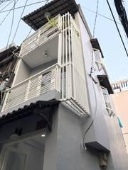 Bán nhà HXH 4m, 2 lầu mới hẻm 80 Trần Quang Diệu, Q3. DT: 3x8m. Giá 2,7 Tỷ
