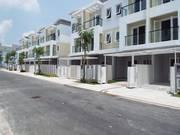 Bán nhà 2 Lầu DTSD:280m2, SHR, mặt tiền đường Thanh Niên, Hóc Môn