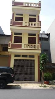 Bán nhà 2 măt phố