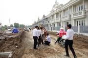 HOT   Nhà mới xây 2,5 tấm, 3PN, 2WC, phong cách Châu Âu, SHR, trung tâm thị trấn Bến Lức, chỉ 820tr