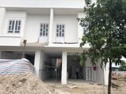 Bán nhà mặt tiền 1 trệt 1 lầu đối diện trường học, nằm trong TTHC đô thị Bàu Bàng, sinh lời 100