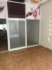 Cho thuê văn phòng  tầng trệt  để kinh doanh ở địa chỉ : 121/10 Lê Thị Riêng, P.Bến Thành, Q1.