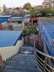 Bán hoặc cho thuê nhà 3 tầng tại mặt đường thị trấn Cát Hải, Cát Bà, Hải Phòng