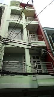 Chính chủ bán nhà nội thất đầy đủ tại quận 4, thành phố Hồ Chí Minh.