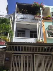Chính chủ cân bán căn nhà đường Hoàng Diệu gần biển
