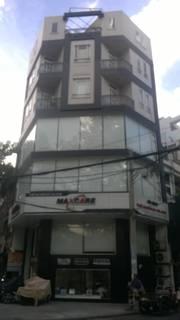 Cho thuê nhà mặt tiền Cách Mạng Tháng 8, P Bến Thành. Quận 1,giá dưới 100 triệu