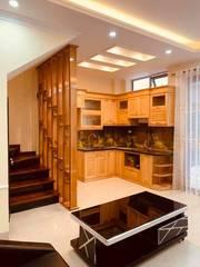Bán nhà đẹp Ngõ 100 Phố Tây Sơn - Quận Đống Đa. DT33m2, 5 tầng, Gía : nhỉnh 4 tỷ. SỔ NỞ HẬU.