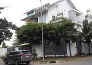 Bán biệt thự cao cấp khu dân cư Tấn Trường q7,dt 12   20m , liền kề khu đô thị Phú Mỹ Hưng.