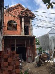 Nhà mới đét đẹt ngay chợ Đông Đô 5x20m, mà giá hơn 2 tỷ