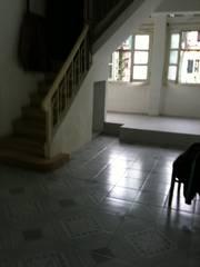 Cho thuê căn hộ tầng 4 5 khu nhà D3, tập thể Nguyễn Công Trứ, Hà Nội