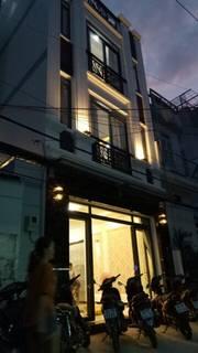 Nhà 1 trệt 2 lầu mới keng . 4,5x20m, shr , 4pn 3 wc . 1 tỷ 5 .
