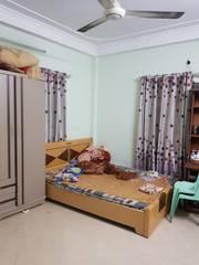 Quá rẻ    Bán nhà ngõ 111/11 Triều Khúc, Thanh Xuân, 82m2 x 4,5 tầng, giá 4 tỷ.