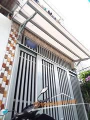 Cần Bán Gấp Nhà Phố 1 Lầu Hẻm 585 Huỳnh Tấn Phát Quận 7