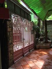 Bán nhà 130.3m2 x 3 tầng cũ ngõ 41 Thái Hà, thuận tiện xây lại vừa ở vừa cho thuê.