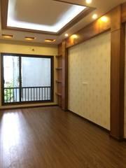 Bán nhà xây mới 100 ngõ 414 Đường Láng, Phường Láng Hạ. DT35m2x5T, Giá 3.6 Tỷ.